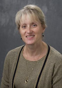 headshot of Gloria (Geanie) Umberger
